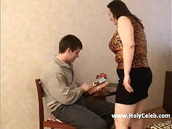 BBW mature mommy gets corned