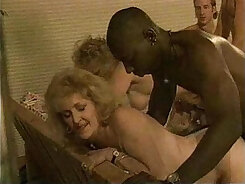 Cute Babe Mature at Real Sex Party