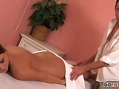 Another Lexxi & Vicky in Pussy Nipple Massage Fiss