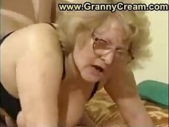 bbw granny her twilt show as she rides
