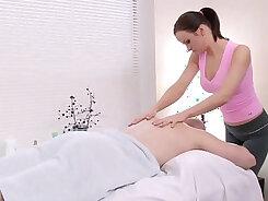 Chinthaque shute isischem Iren Fatem Leiter Massage