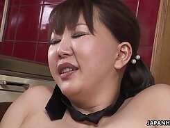 BBW MILFs blessed with hairy pussy
