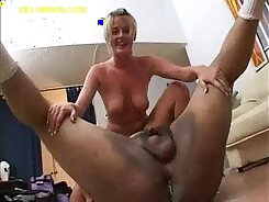 Blonde bbw fucked bare in fishnets