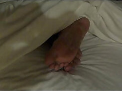 Boy receives footjob in public water while chick is sleeping - Vicentia