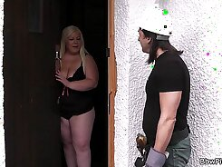 Fat Blonde Girl Gets Covered in Il Guzzlus