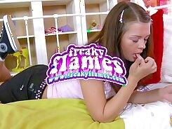 Young Japanese Teen Girlfriend in Tight Ass HD