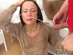Animated girl wanking and facial