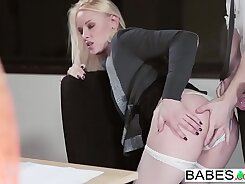 Babes - Office Obsession - Ea Twinore scene featuring Olivia Reaves